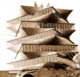 pagoda-fisac-01-small.jpg