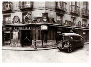 viena-capellanes_calle-arenal-1920.jpg