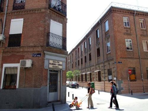 calle-tenerife-con-juan-pantoja_tetuan_2008_01