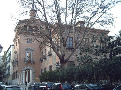 Casa de las 7 Chimeneas (Madrid) 01