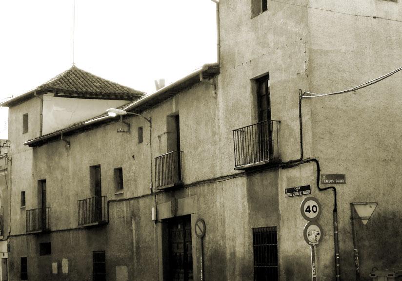 La casa grande de fuencarral madrid urban idade for Casa moderna wiki