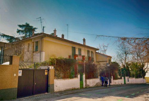 Calle de Vicente Aleixandre 3_Velintonia_2019-04-small-HDR-analog