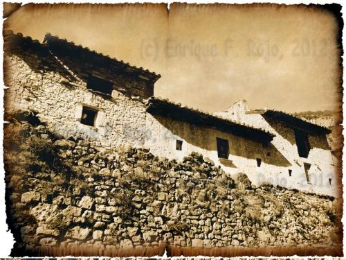 Edificios abandonados en el barrio de la Estrella. (Foto: Enrique F. Rojo, 2012)