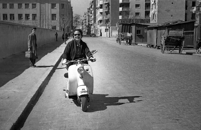 (( 91 )) CV1-04-9_03 - Estrenando scooter