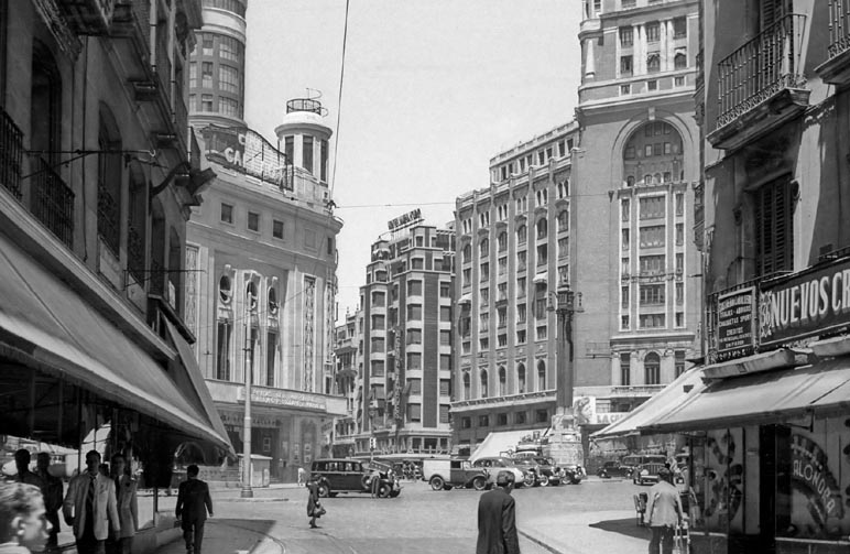 Plaza del Callao 1957_Urech_small