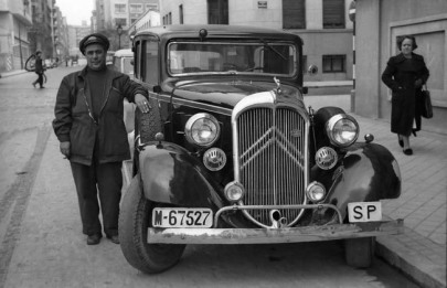 Taxista 1945_Urech_small