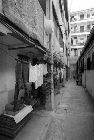 Corrala calle Santiago el Verde 13_Manuel Escalera 1984-small