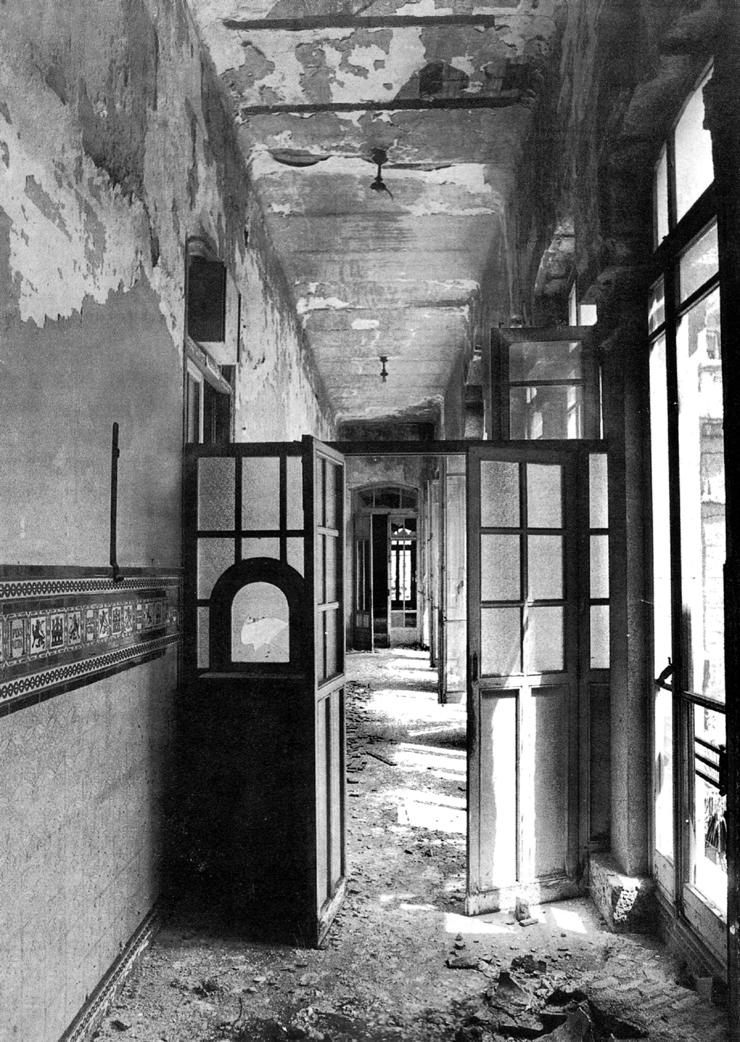 Hospital Maudes interior antes recuperacion_1990 CAM_SMALL