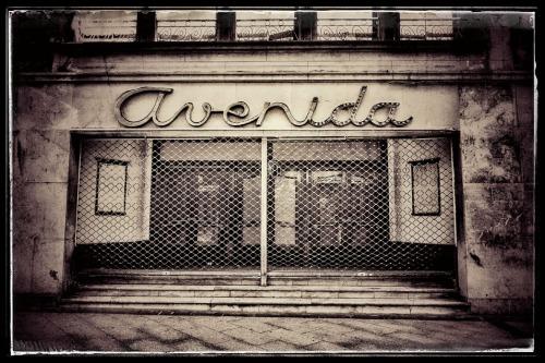 cine-avenida_2016_bn_small