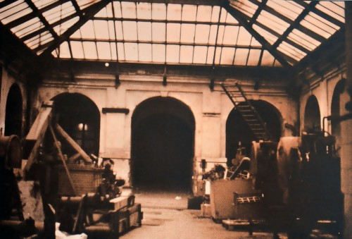 Fabrica de tabacos 1982_PATIO Lateral cubierto