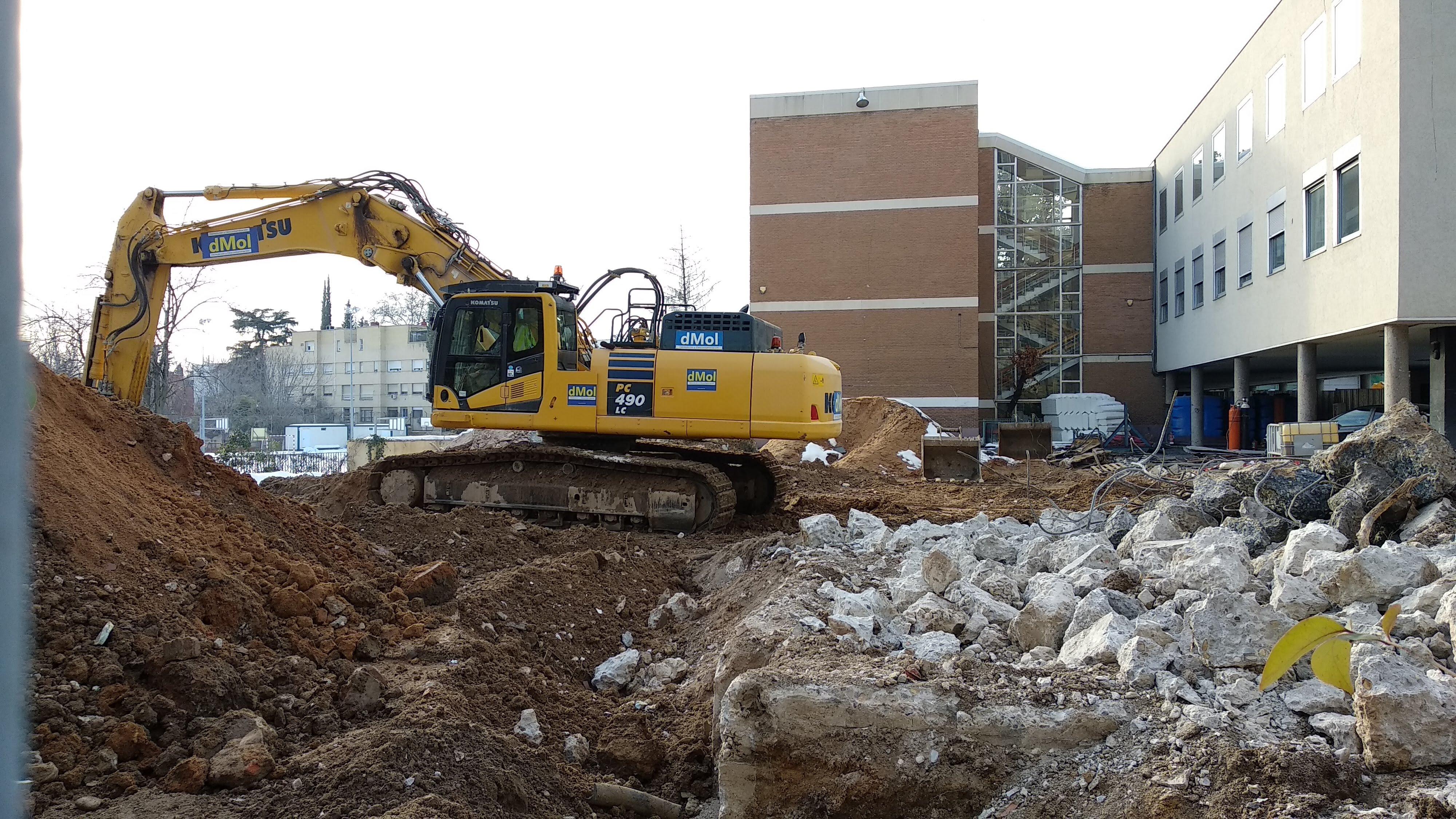 Demolición pebellón sur del Colegio Alemán de Madrid. Enero de 2021. (Foto: Enrique F. Rojo, 2021)