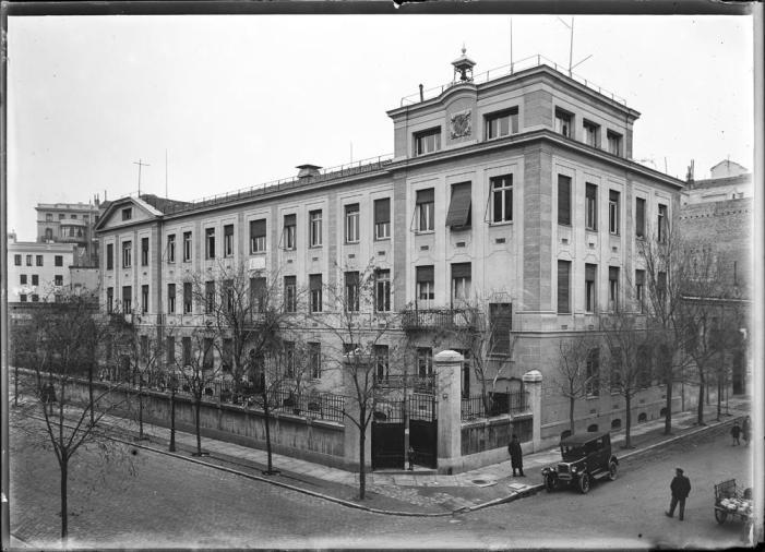 [Vista exterior del edificio del Colegio Alemán de Madrid, deli